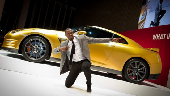 2013-nissan-gt-r-edition-usain-bolt-front-side