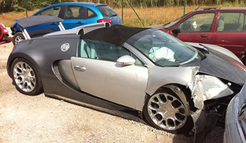 Bugatti Veyron Grand Sport Crash-1