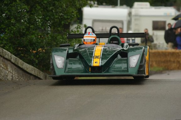 Caterham SP 300R record setting run