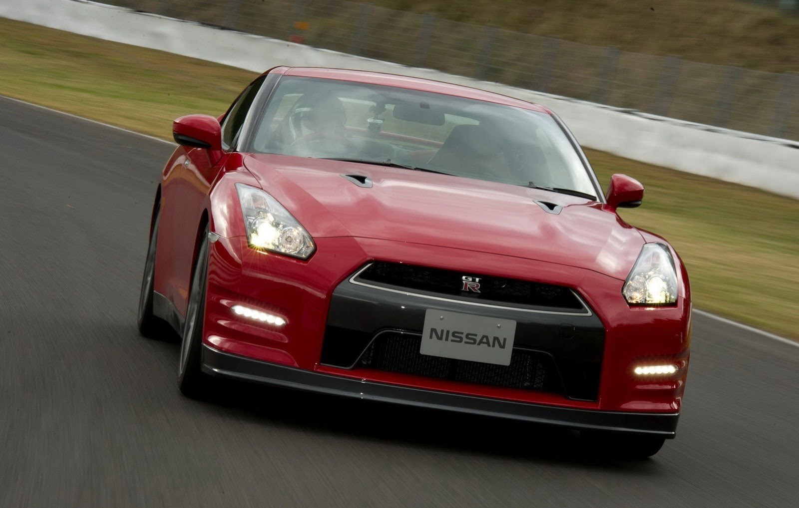 Nissan GT-R to Make Another Attempt at Lap Record